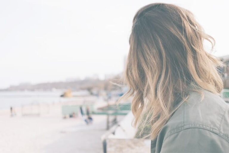 How to Stop Overthinking: 5 Tips to Think More Rationally