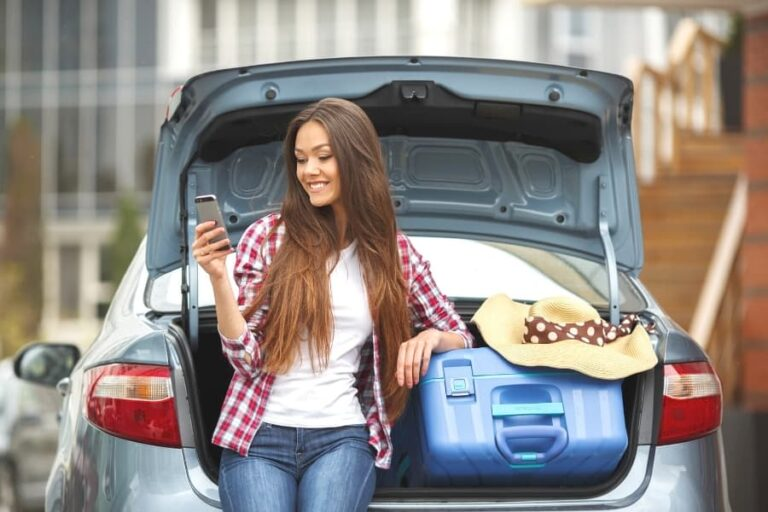 17 College Move-In Day Tips For Incoming College Freshmen (2021)